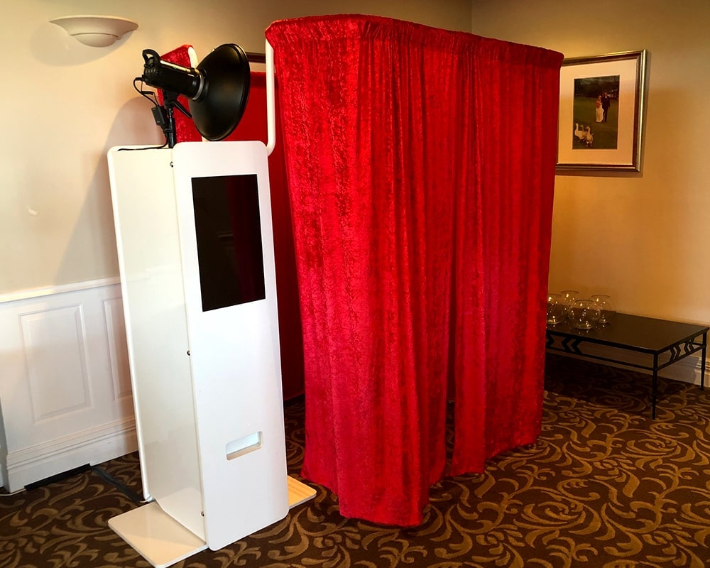 A Little Bit About Photo Booth Hire